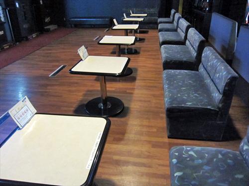 SNAP4店内椅子