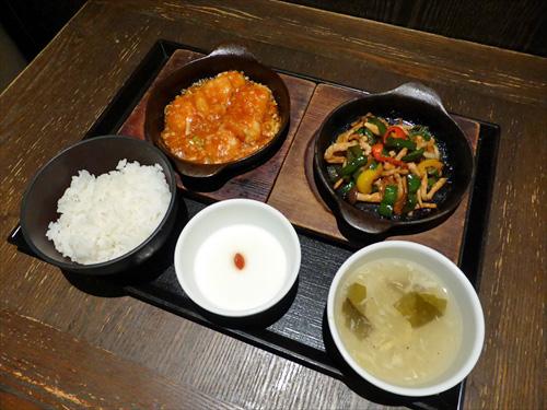 西安餃子8鉄板料理