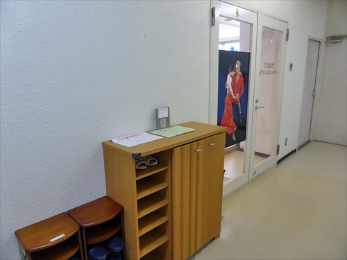 TOMOダンスカンパニー2店舗入口